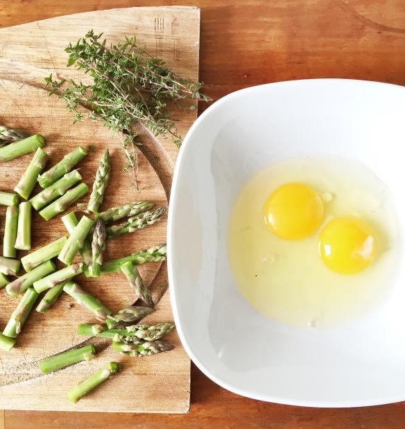 """Røræg-vafler med bacon og asparges fra """"Meny"""""""
