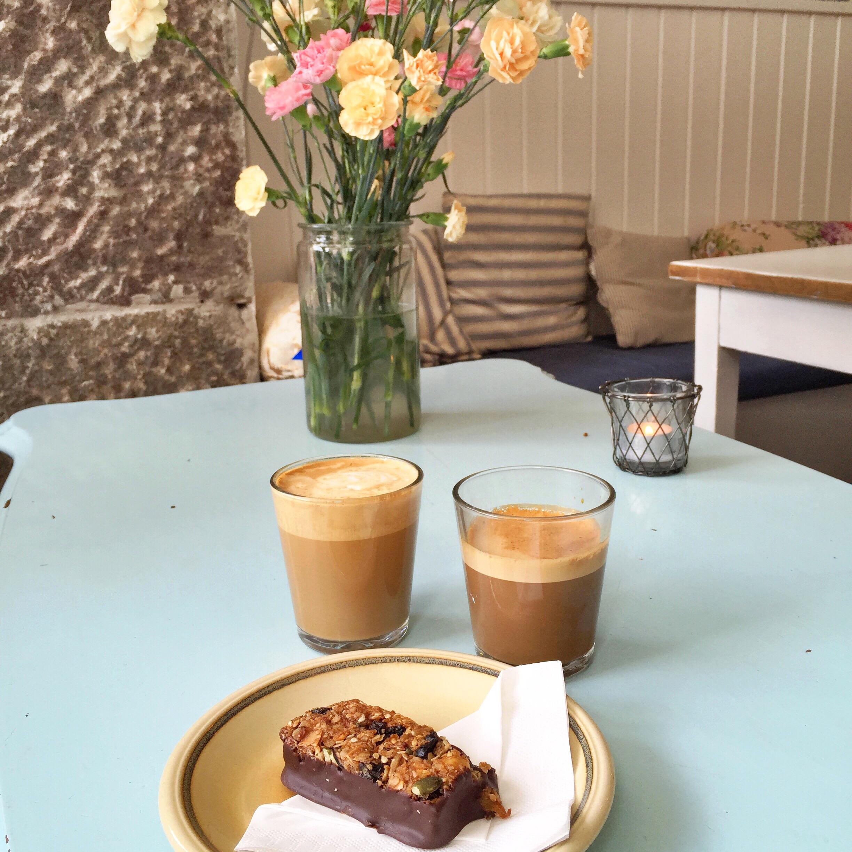 Kaffe og müslibar på Kagestuen 43