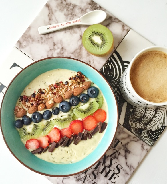 Kokos smoothie bowl
