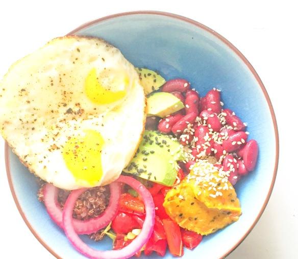 Morgenmads Quinoa Bowl